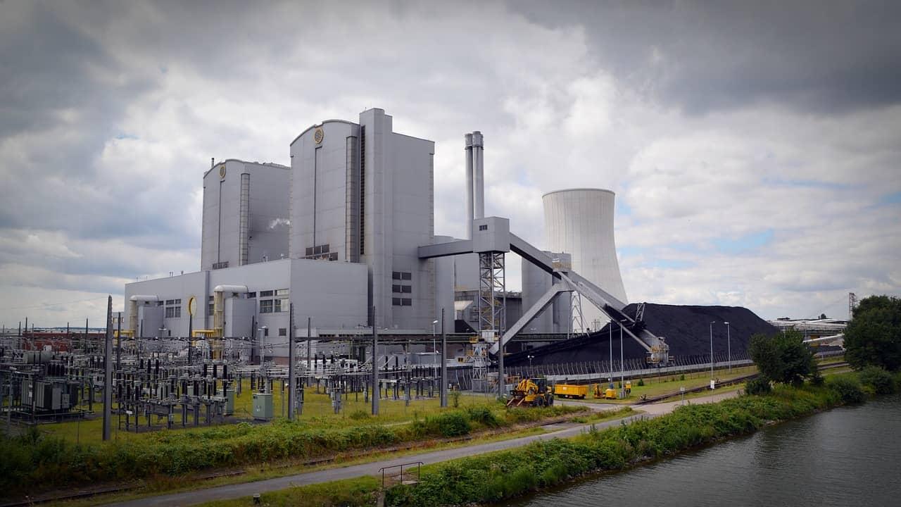Energy Power Plant via Pixabay