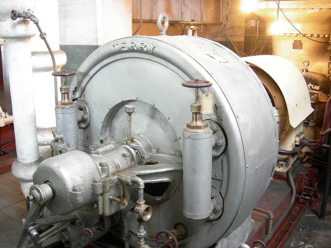 Westinghouse Steam Turbine via Joe Mabel on Wikimedia