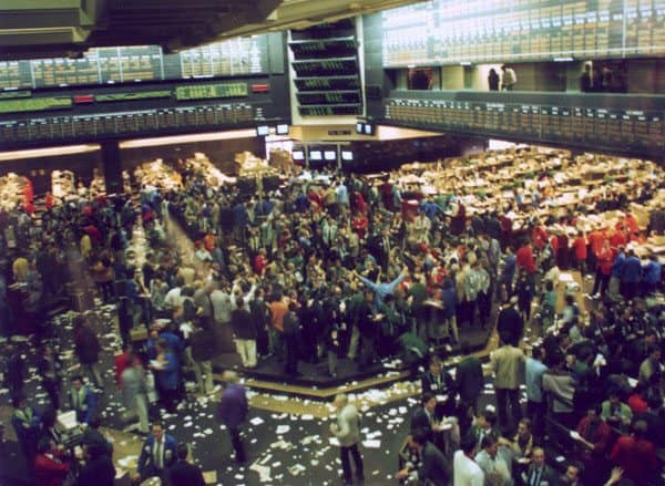 Chicago Board of Trade Corn Pit 1993 via Wikimedia