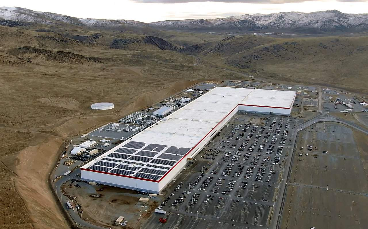 Aerial shot of Tesla Gigafactory in Nevada