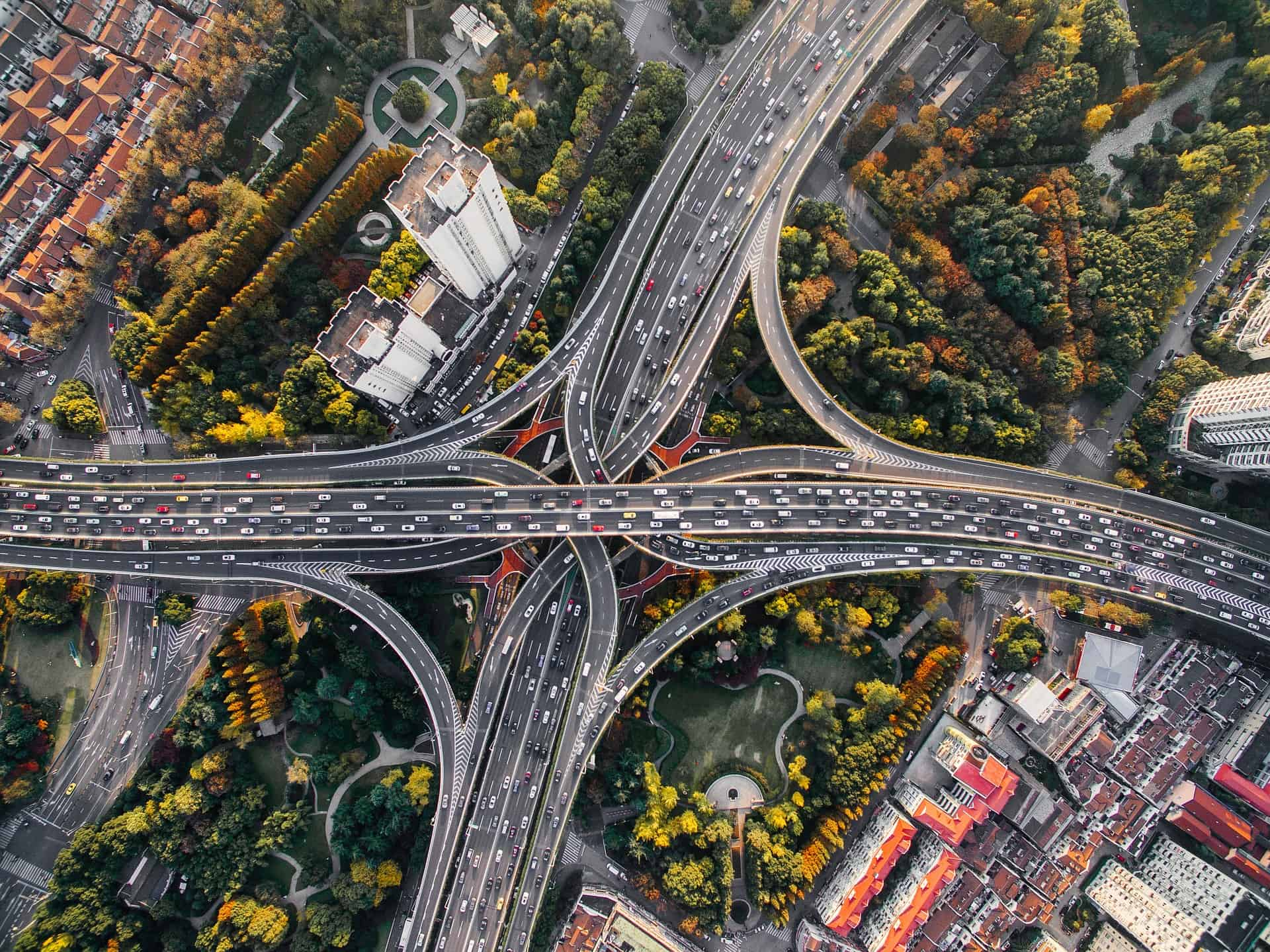 overhead shot of a freeway intersection